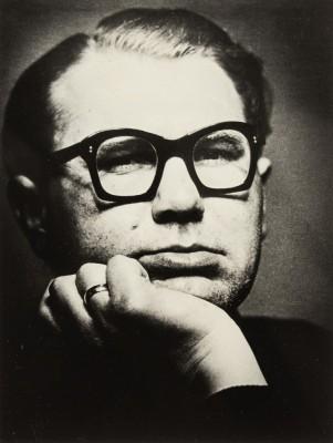 """""""Autoportret w okularach"""""""
